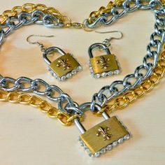 Be in on a trendy fashion secret with this Lovely Lock Jewelry. Make a bejeweled lock set for a fashionable night out with this fun and easy-to-follow tutorial.