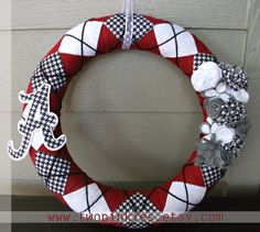 Houndstooth Alabama Yarn and Felt Wreath  Two by TwoPinkies, $50.00