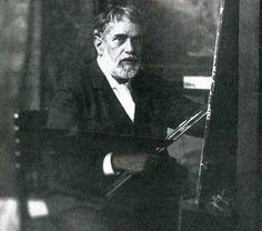 MARIANO FORTUNY MADRAZO  Famoso por sus tejidos y sus lámparas, este creador español fue un auténtico «renacentista» que experimentó con todas las artes a su alcance