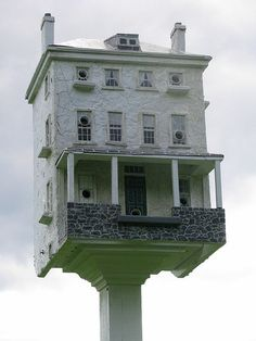 Wow, that's some birdhouse!!!!!!!!!!!!