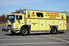 South Old Bridge, NJ FD 1990 Mack/Saulsbury Heavy Rescue Squad.