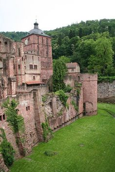 Heidelberg Castle, Germany  ...Love this town....