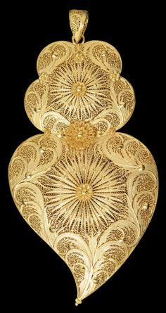 gold portuguese filigrana