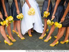 Charcoal Grey (gray?) and bright yellow wedding colors ideas so neat!