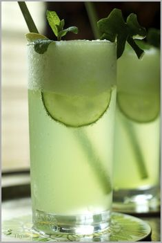 Thyme: Honey Dew, Cucumber, Mint Mojito for St. Paddy's Day...and thunderstorms