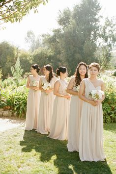 Champagne Bridesmaid Dresses | photography by http://beauxartsphotographie.com/