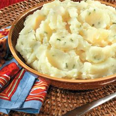 mashed cauliflower, broth, mashed potatoes, mash potato, food, garlic mash, roasted garlic, recip, chive