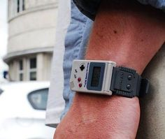 Vintage Nintendo Game Boy Watch. Holy crap, that is adorable. Want.