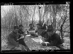 Salón de lectura en el frente, finales de mayo 1915