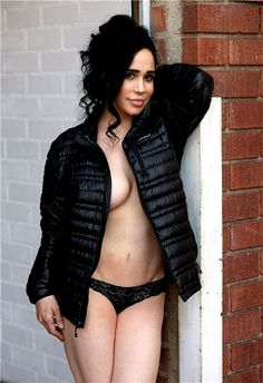 Nadya Suleman aka Octomom no bra more photos: http://www.famousnakedcelebrities.com/naked-celebities-pictures/octomom-nude-photos/ #Octomom #nude