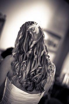 Bridal Hair Wavy and Curly Hair