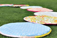 how to make situpons (sit-upons) . Fun for a girls picnic.