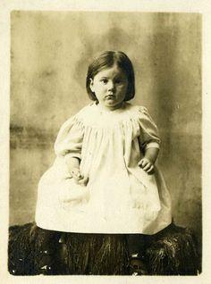 Little Birdie Blessings: Free Vintage Graphics of Children