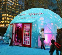 Kate Spade holiday pop-up shop in New York (photo: gary burke)