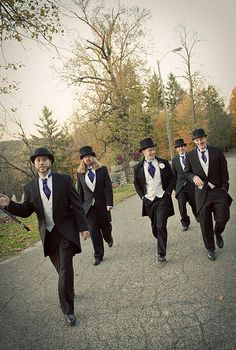 Reinventing the tuxedo with offbeat grooms | Offbeat Bride