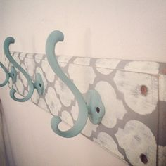 Shabby Chic 3 Hook shelf in French Linen and Old White- Rustic, stenciled, chalk painted, furniture *** BUT WITH RED HOOKS***