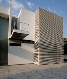 Poona House, designed by Rajiv Saini, is located in Mumbai, India
