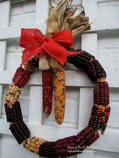 Wish I'd seen this last fall when I had all my Indian Corn!  Make A Corn Cob Wreath !