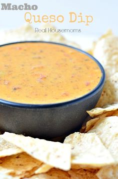 Macho Queso Dip | Real Housemoms | This is perfect for my Super Bowl party!