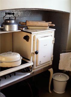 very vintage stove