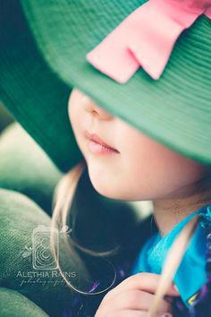 Alethia Rains Photography Green Inspiration Theme Prop Junkie 2