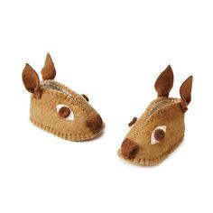 Handmade felted Deer baby booties! Made with love in Kyrgyzstan.  #deer #baby #babies #babybooties #babyshoes #felt #wool #handmade #fairtrade #Kyrgyzstan babi registri, sew, babi brook, kid cloth, kid kick, deerbooti, babi stuff, deer booti, gift idea