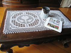 Crochet Lace Filet Flower Pattern Table Runner Grey Rectangular Tablecloth Shabby Chic Cottage Table Decor Home Decorations