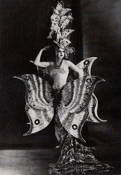 1909, paris, costumes, vintage photos, butterflies, foli berger, art, foli bergèr, inspir