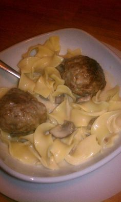 Homemade Swedish meatballs, better than Ikea and super easy! So making this!