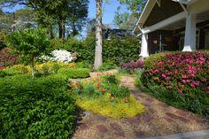 Design Ideas From A Layered Garden in Atlanta --> http://www.hgtvgardens.com/gardens/plant-a-sentimental-garden?soc=pinterest&s=20