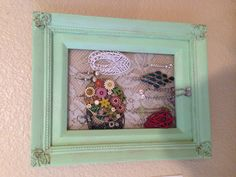 Earring holder, for studs and danglies :)