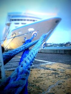 What ties you to Bermuda?  #love2sniqueaway.Pin provided by Elbow Beach Cycles http://www.elbowbeachcycles.com
