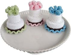Two-Tiered Cakes - free pattern pattern mini, cake free, free pattern, twotier cake, tiered cakes