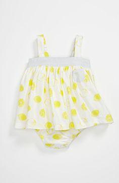 Summer baby bodysuit w/ lemons.