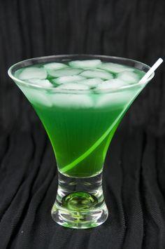 •TROPICAL LEPRECHAUN•                                                                                                                                                                    -Coconut Rum                                                                                                                                                                    -Blue Curacao Liqueur                                                                                                                                                                    -Melon Liqueur (Such As Midori)                                                                                                                                                                    -Pineapple Juice                                                                                                                                                                           ~ENJOY!                                                                                                                                          .•⁀✿Ð̰̀я͎͝ιИ͙́ƙ͇̏.⇡.Û̩͝ƿ̭́̀✿⁀•.