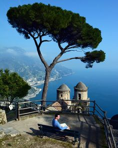 Come fall in love with Italy's Amalfi Coast… Reka Peti-Peterdi's new article! http://www.travelguidenpx.com/pictures/italy/amalfi-coast.html