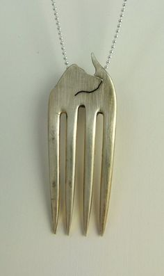 Fritz the Fork Dog... Up cycled plated fork...