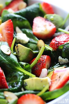 Avocado Strawberry Spinach Salad Recipe | gimmesomeoven.com Added some chicken and onion powder to the dressing. So good!