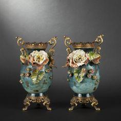 Paire de vases en barbotine. Napoléon III Période