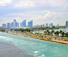 #Miami, #Florida has one of the most beautiful skylines in #America.