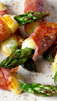 Asparagus, Ham, and Cheese Bundles