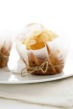 muffin mandorle e vaniglia - vanilla and almond muffins