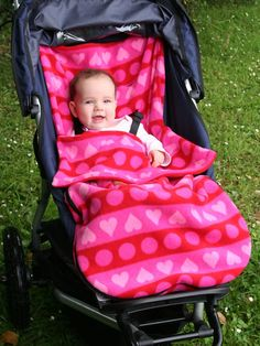 fleece stroller cover - way better than a blanket that keeps falling off