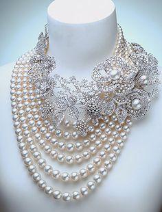 ...oooohhh  And how I do love pearls!!