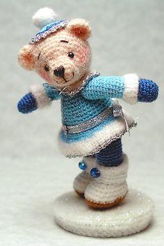 FREE Winter Bear Amigurumi Crochet Pattern and Tutorial by Sue Pendleton