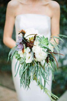 Flower power. Xk #kellywearstler #myvibemylife #bridal #wedding #bouquet