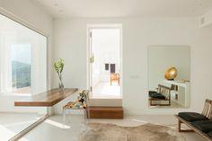 Floating table | Dupli Dos House by Juma Architects