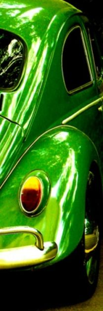 Very green #VW #Beetle! #ClassicCar #QuirkyRides