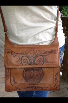 Hmmm on leather... Think I need to try! (pyrography):)