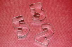 How to make Numbers toppers for your cakes by Lesley at the Royal Bakery